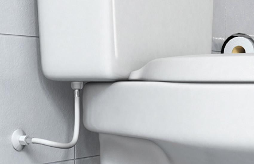 Vazamento de água no vaso sanitário: o que fazer